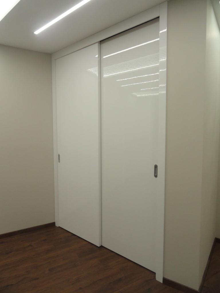 фото дверь купе глянец