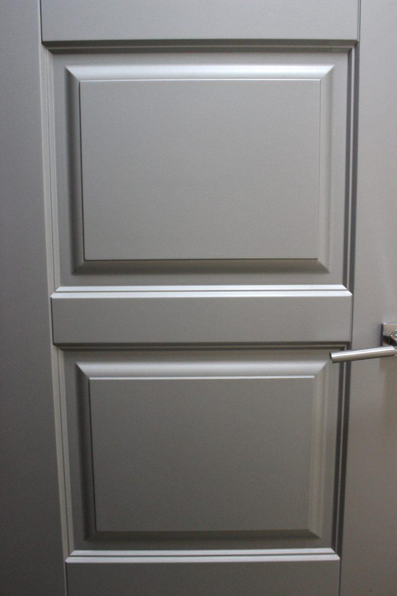 серая дверь классика