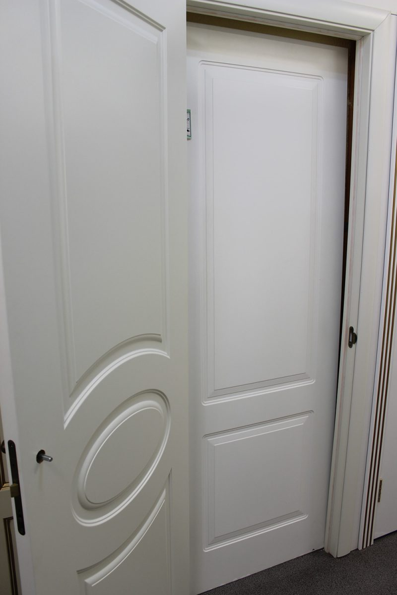 белые двери эмаль фото