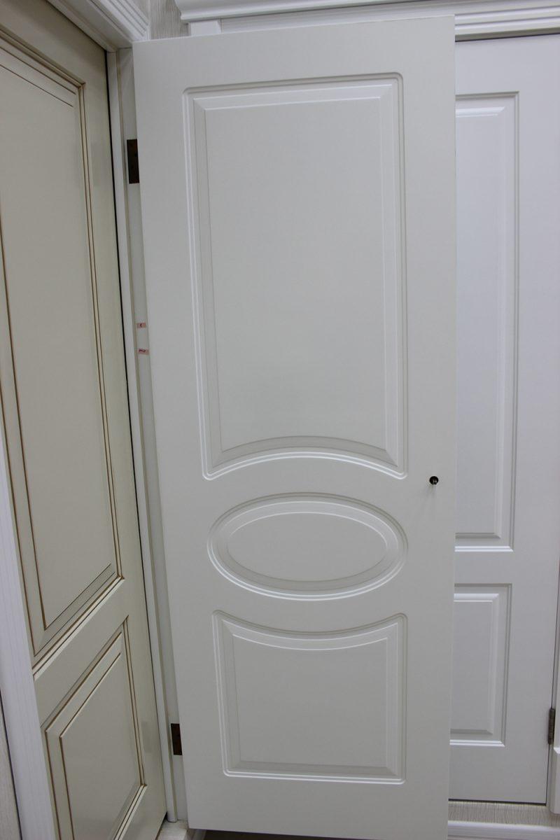 белая дверь ампир фото