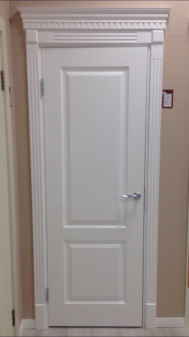 классическая белая дверь в магазине в г. казань