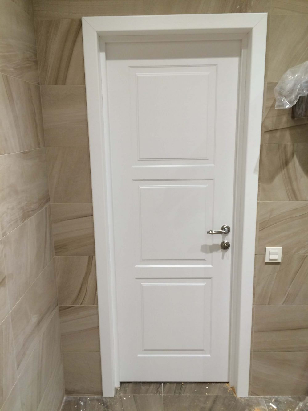 белые двери фото установленных