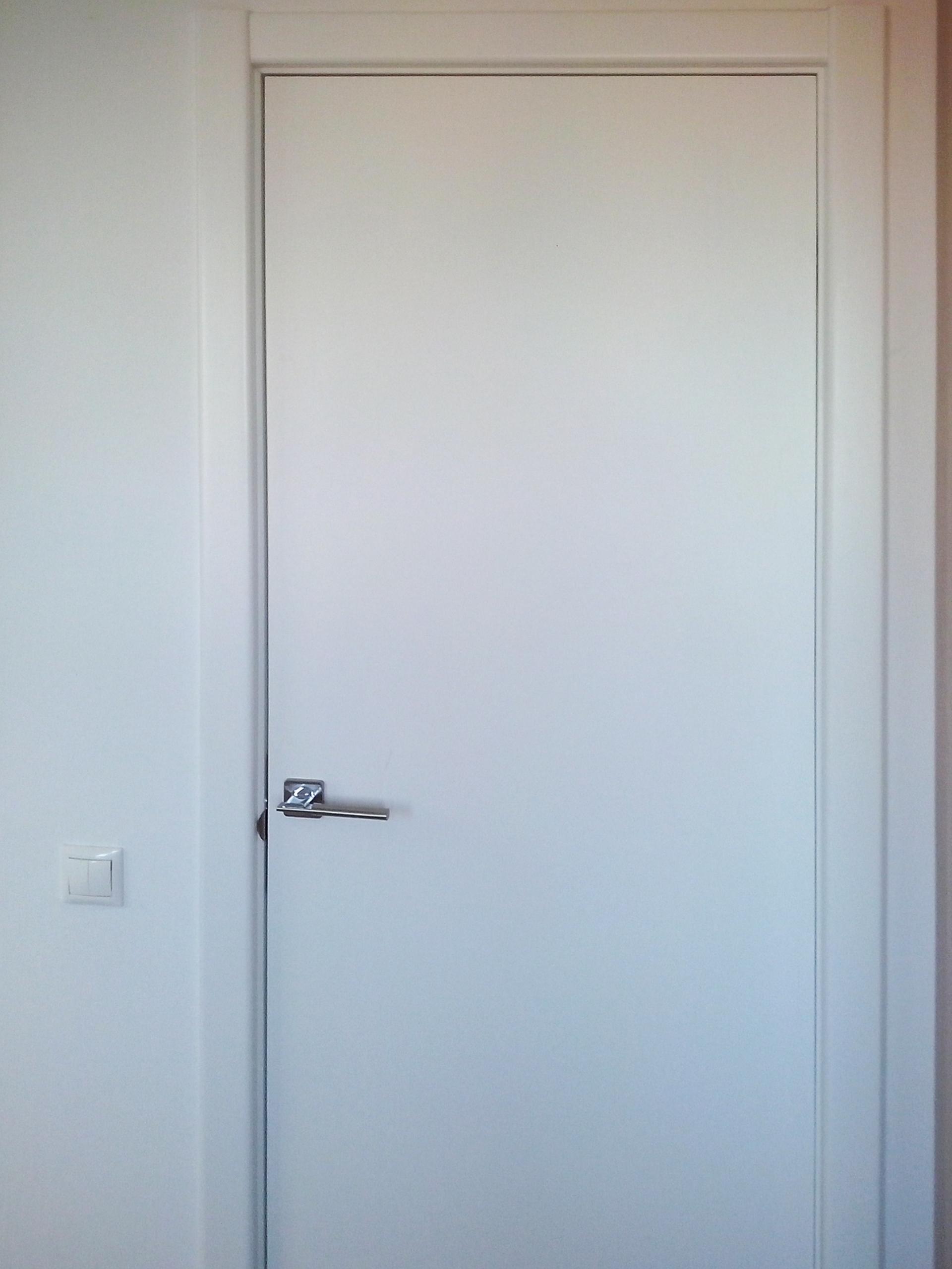 belye-dveri-foto-kazan-2
