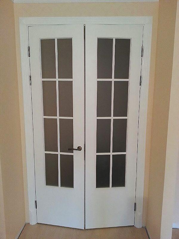 межкомнатные белые двери двойная распашная в интерьере фото