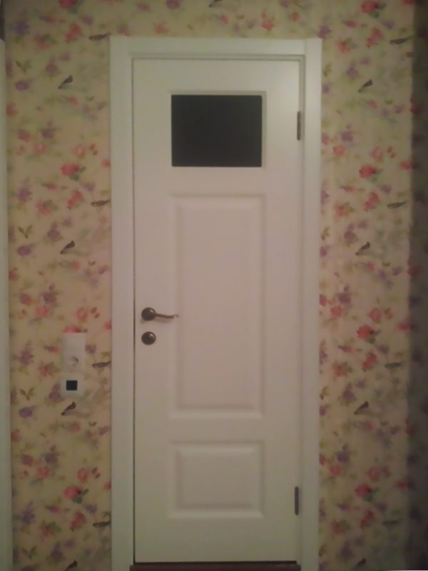 белая дверь фабрика прованс