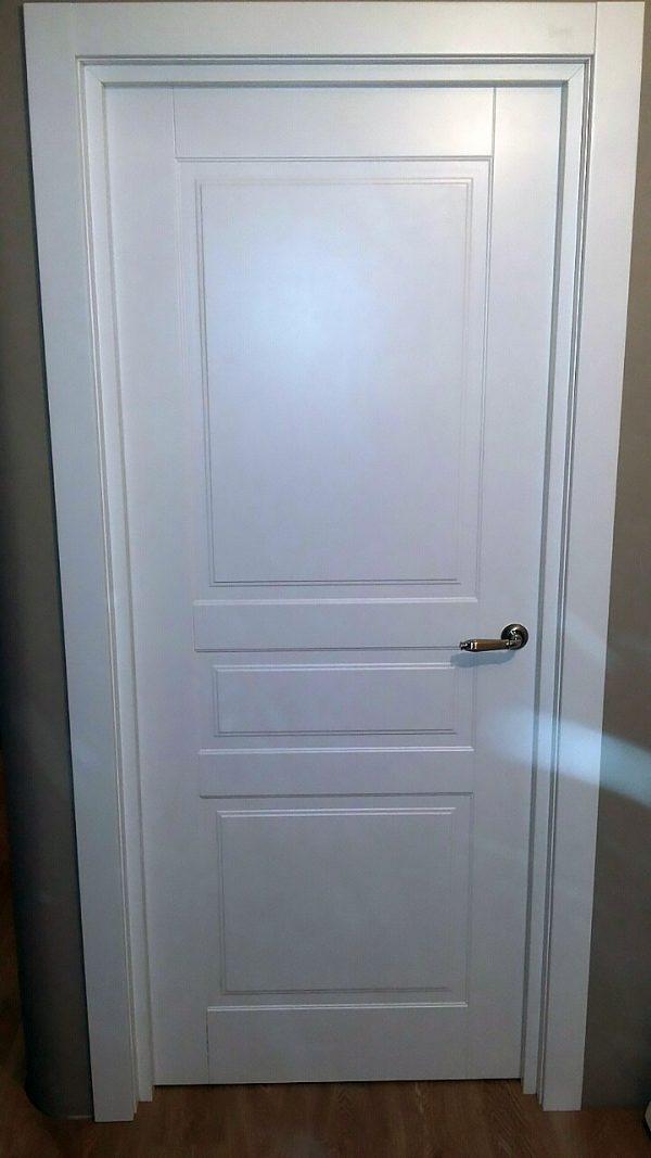 белая межкомнатная дверь турин фото