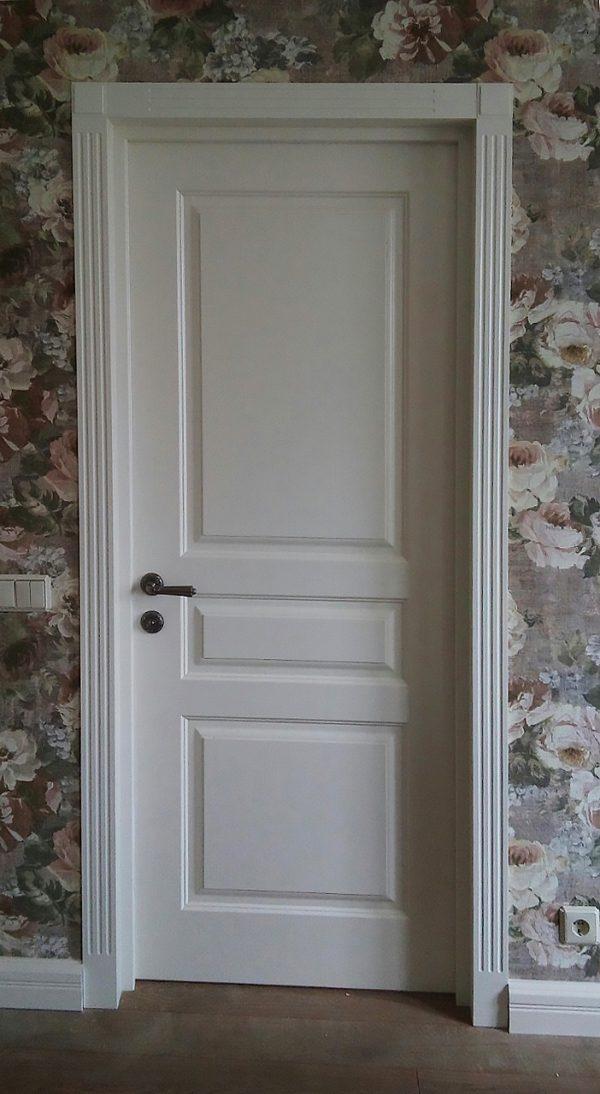 белая межкомнатная дверь прованс