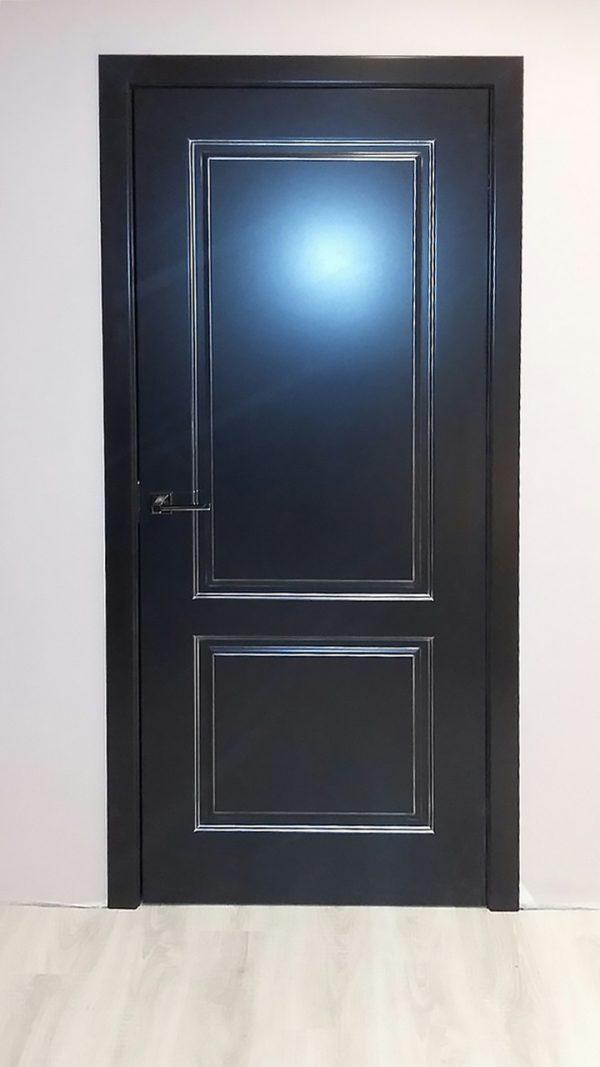 черная межкомнатная дверь фото