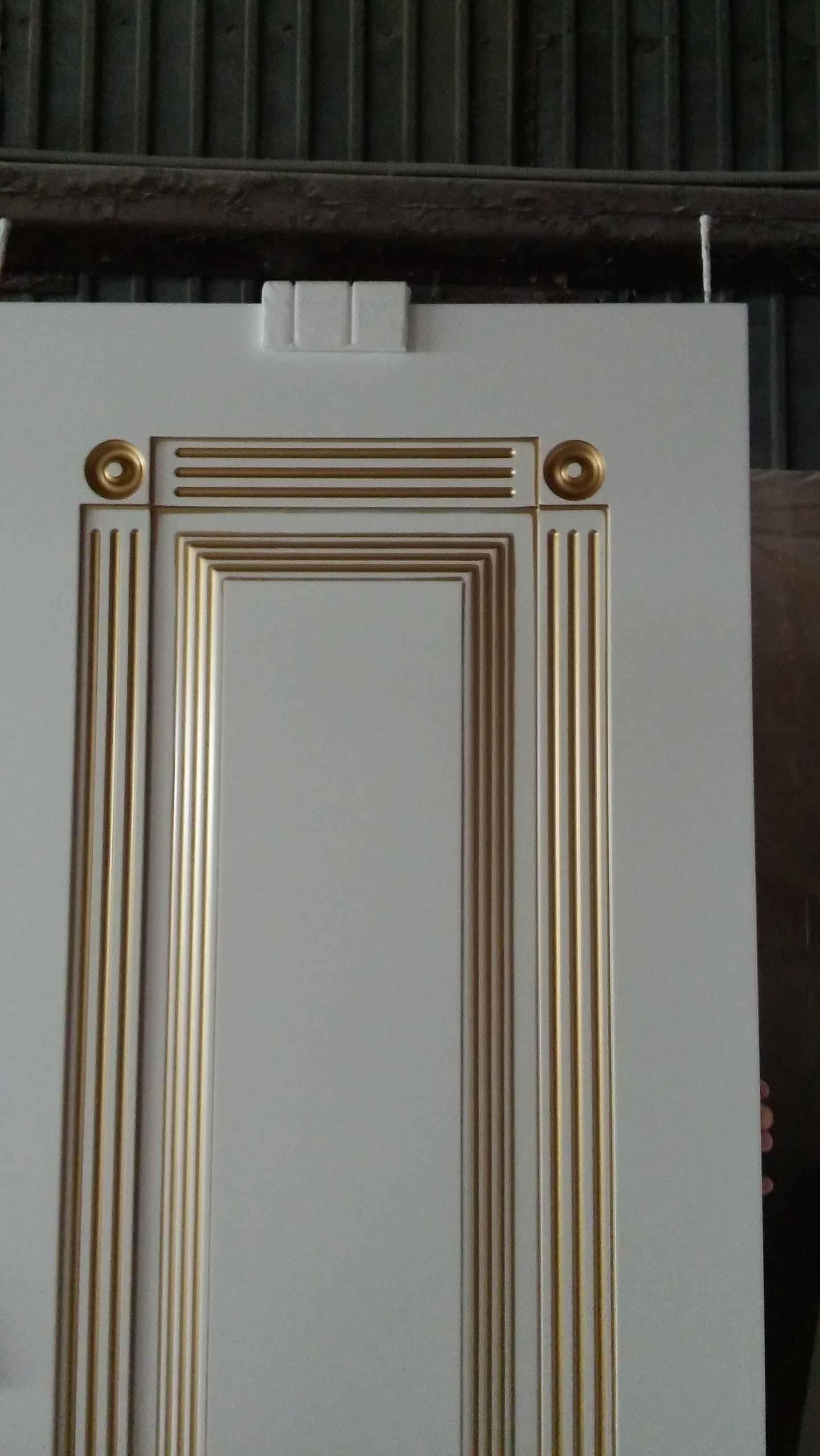 патина на межкомнатной двери фотография