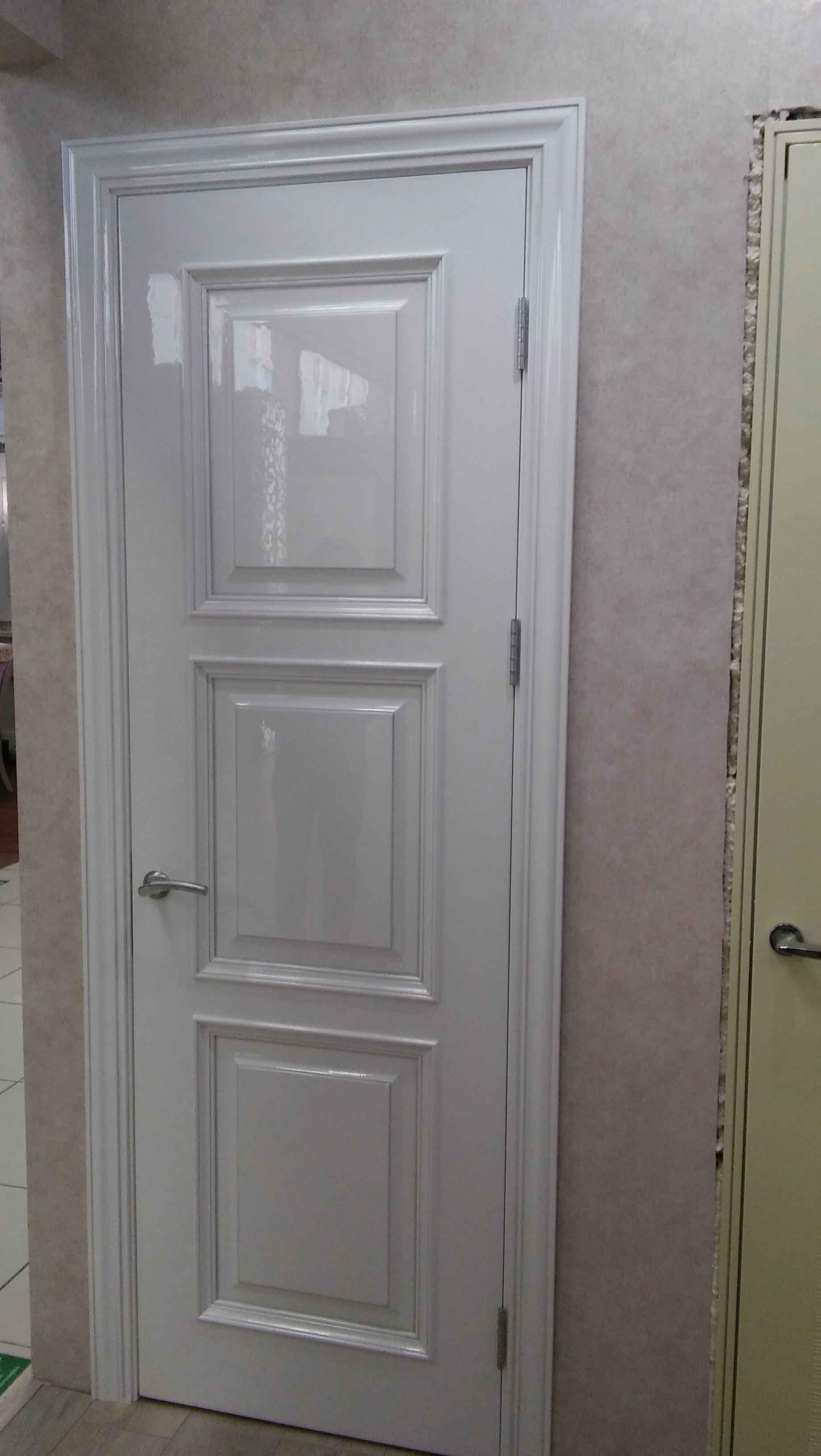 межкомнатная дверь в глянце фотография