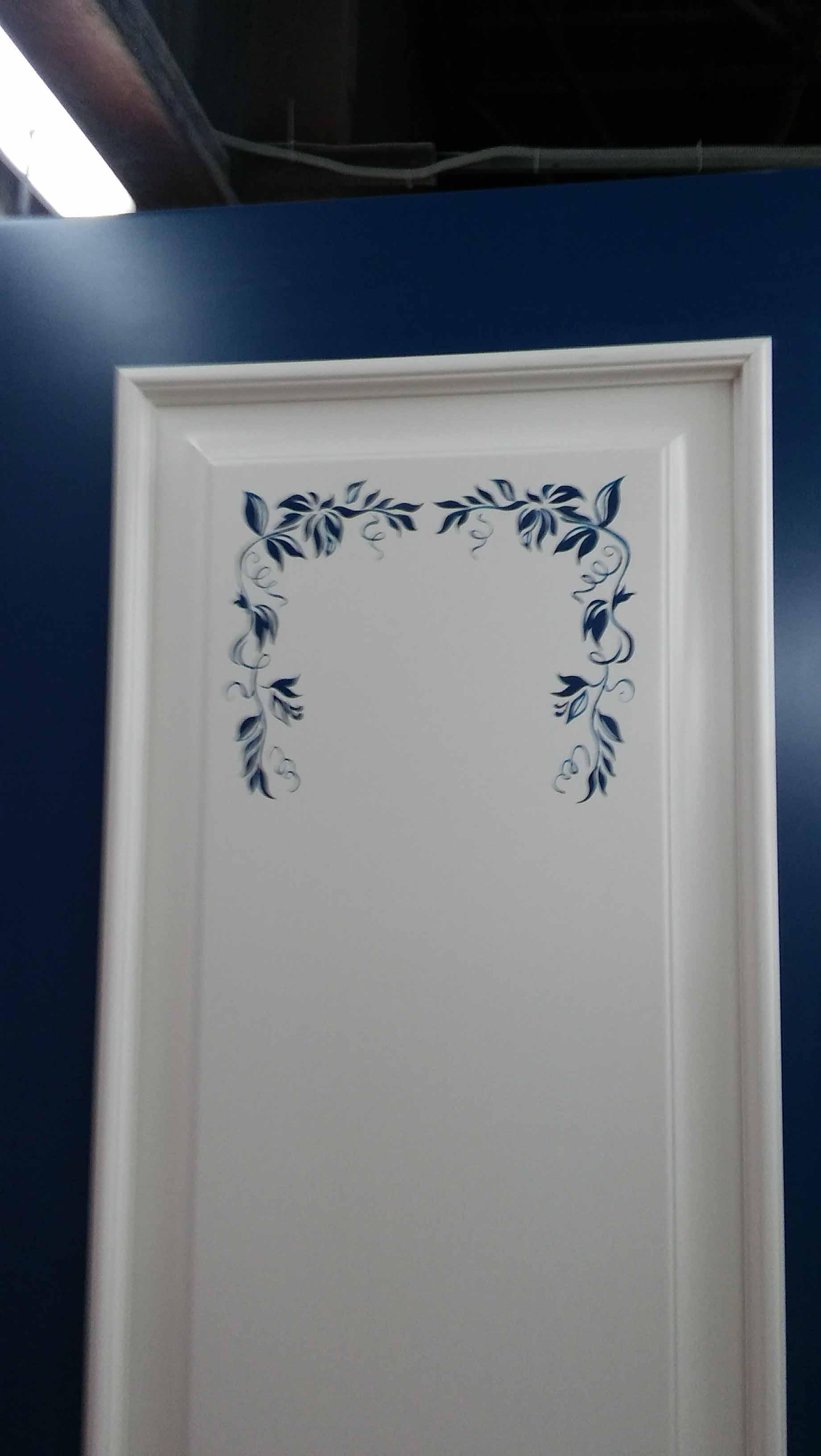 роспись на межкомнатной двери фотография