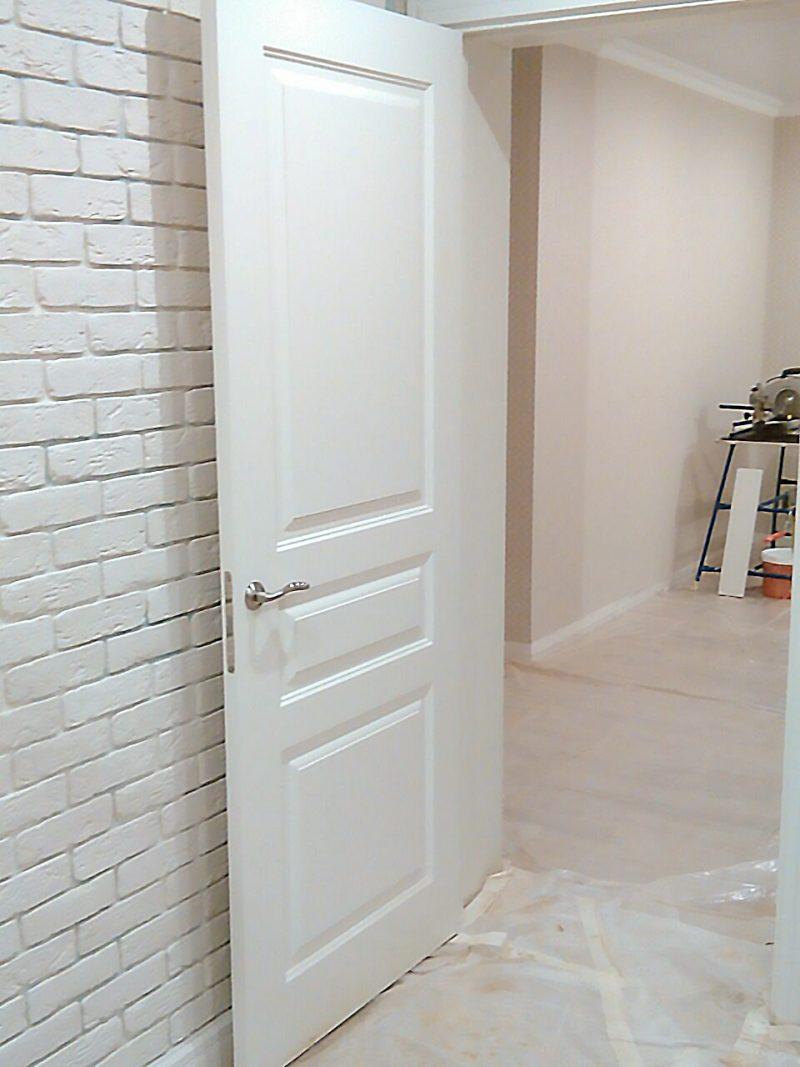 белая дверь фото в интерьере турин 1