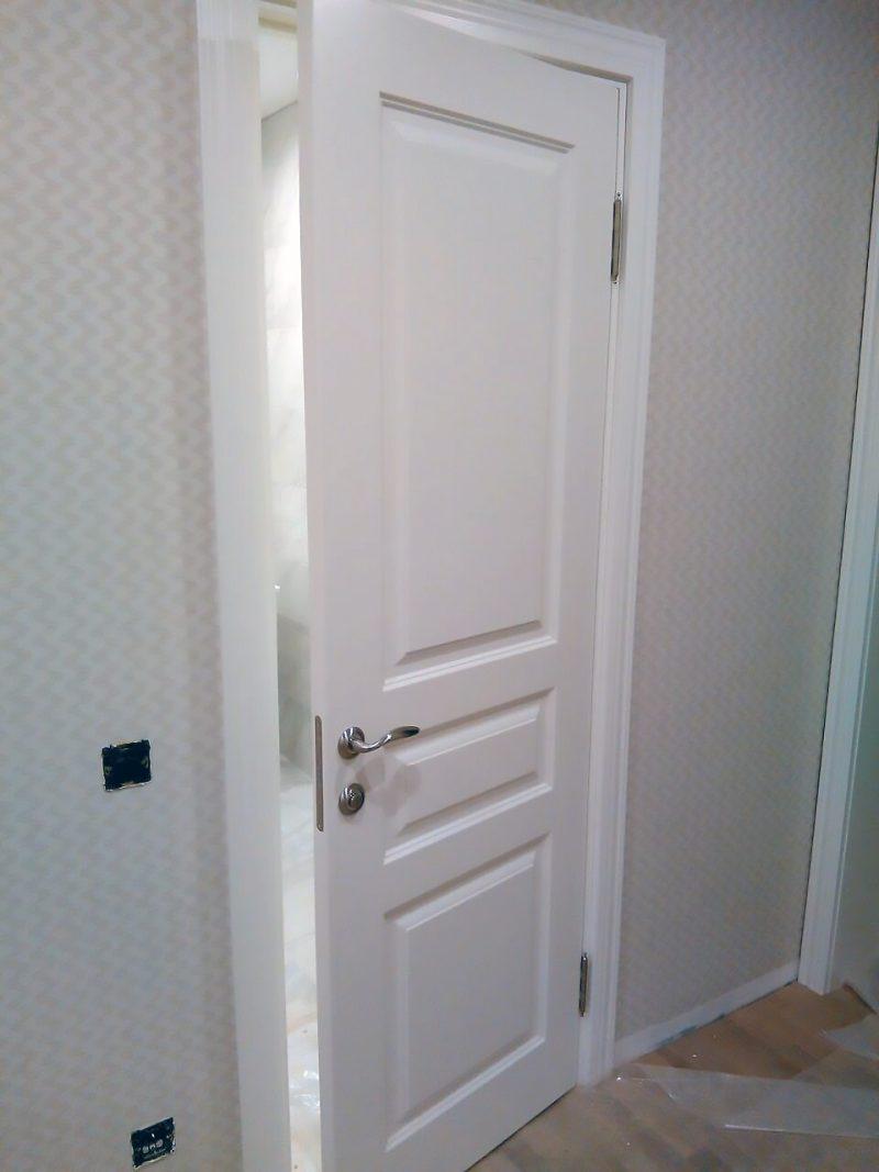 белая дверь турин в интерьере фото