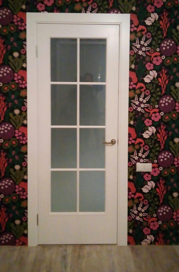 межкомнатная белая дверь с решеткой прованс
