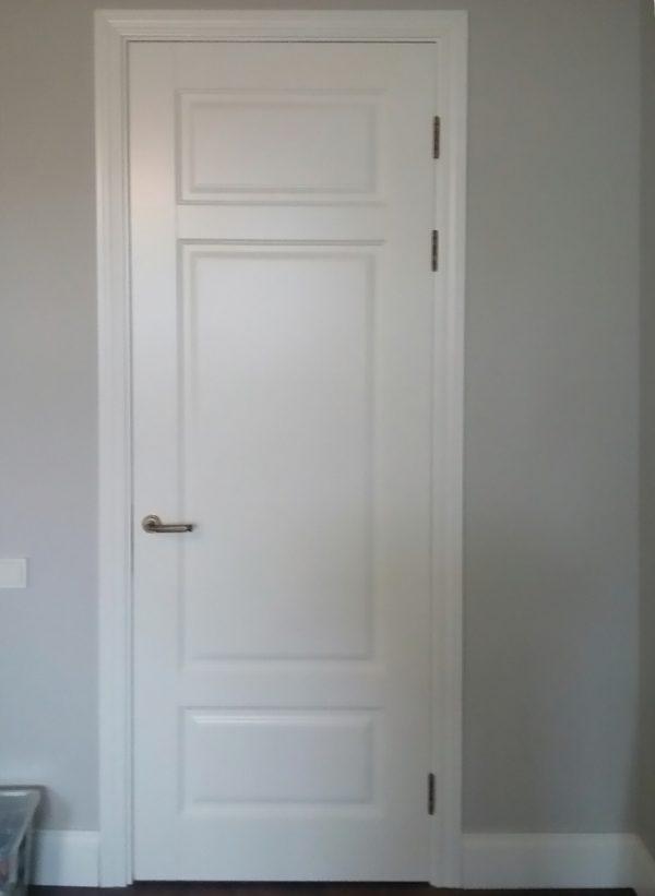 межкомнатная белая дверь барселона