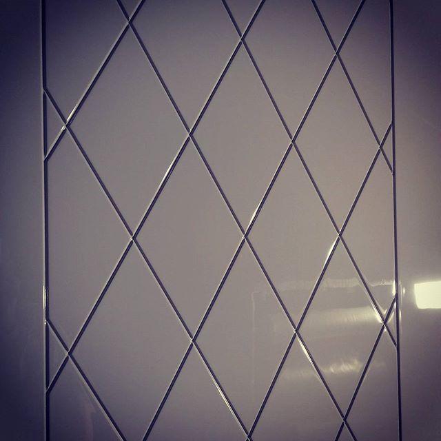 фото глянец дверь