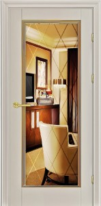 классическая белая дверь из массива с зеркалом